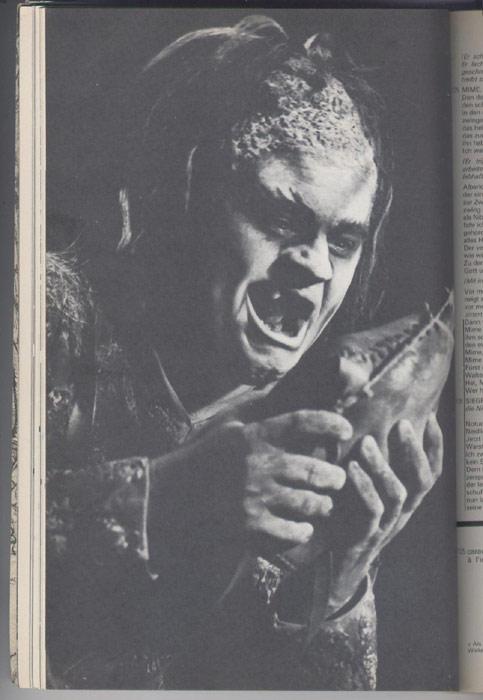 L'AVANT-SCENE OPERA, titre:   la walkyrie,  Editions: Premières Loges,editions originales en TBE voir scan, livre en vente sur www.wanted-rare-books.com/wagner-richard-tetralogie-l-anneau-du-nibelung-vaisseau-fantome-tristan-isolde-parsifal-tannhauser-avant-scene-opera-livre.htm